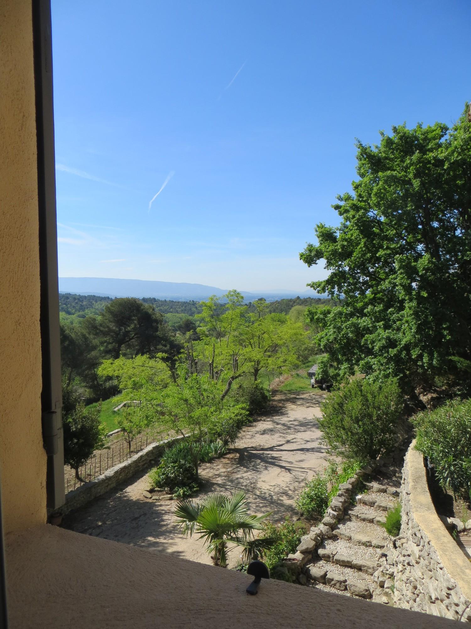 Vue du séjour sur le Luberon